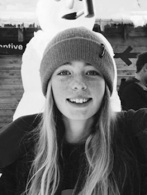 NZ Snowboarder Zoi Sadowski Synnott Qualifies for World Cup Finals on Debut
