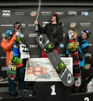 Kiwis Dominate at 4-Star Billabong Slopestyle