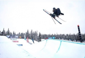Janina Kuzma and Beau-James Wells Finalists at TNF Park & Pipe Open
