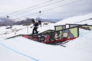3RD Annual Burton High Fives Confirms Top Snowboarders