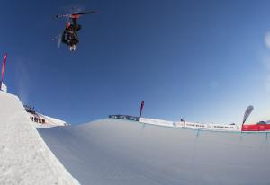 Nico Porteous, Ben Harrington, Fletcher Craig Through to JWC Halfpipe Finals