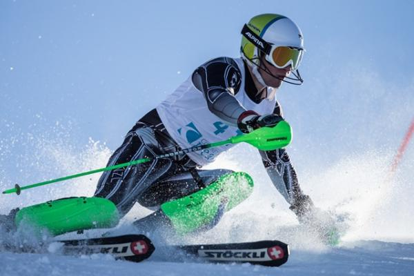 Alpine High Performance athlete Willis Feasey competing in a ski race